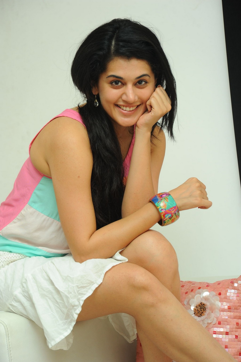 Spicy Girl Taapsee Pannu Thighs In Short Tight Dress