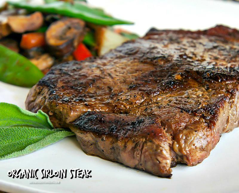 Organic Sirloin Steak with Salad