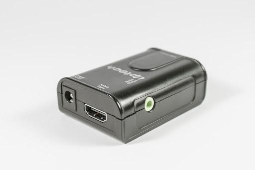 HDMI 訊號輸入孔