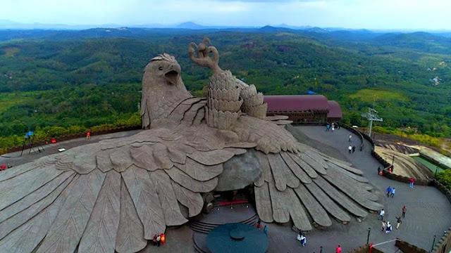 اطول تمثال لطائر في العالم ،اطول تمثال طائر
