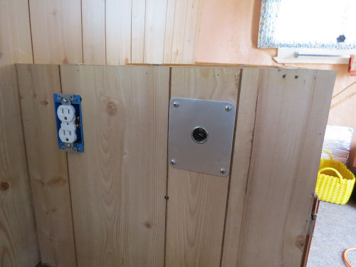 trailer electric outlets