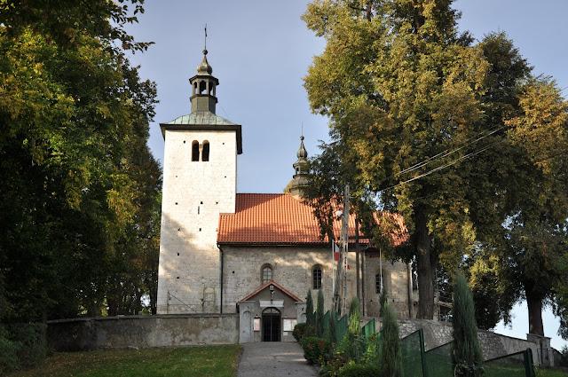Wysocice, romański kościół