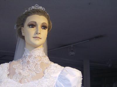 la pascualita bonek manekin yang terbuat dari mayat seorang gadis