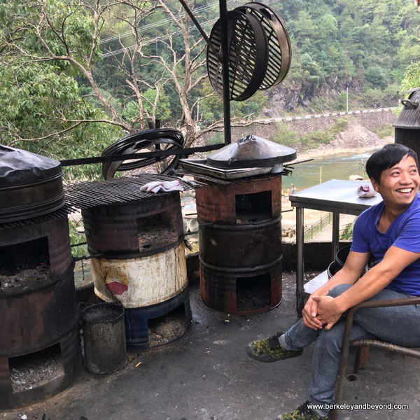 outdoor kitchen in Lingshang Renjia village in Zhejiang Province, Wenzhou, China