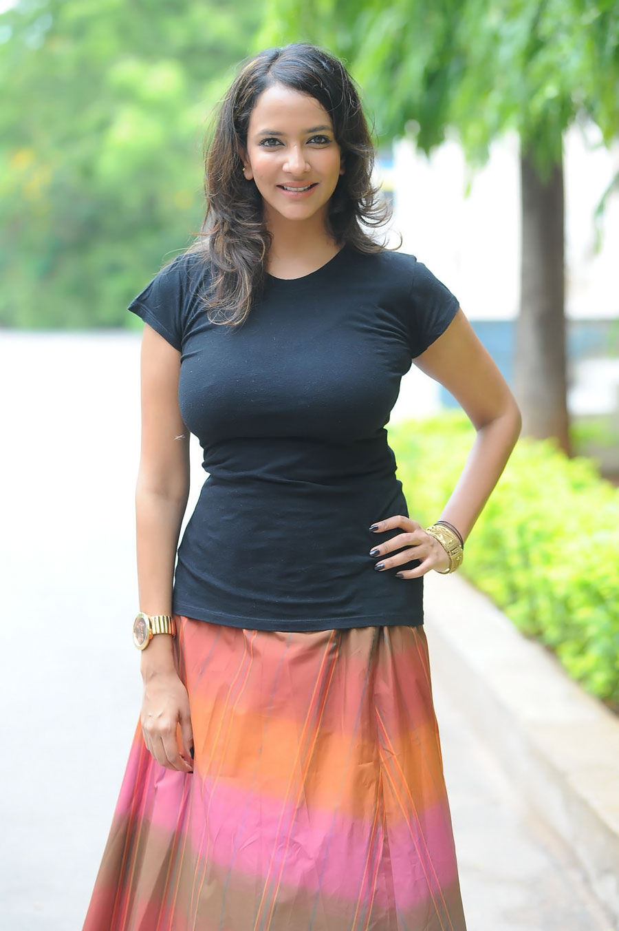 lakshmi actress manchu prasanna latest tight telugu indian shirt boobs tshirt navel stills spicy saree wallpapers south bollywood cleavage cinemapics