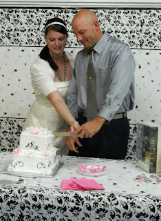 Cutting the Cake Wedding