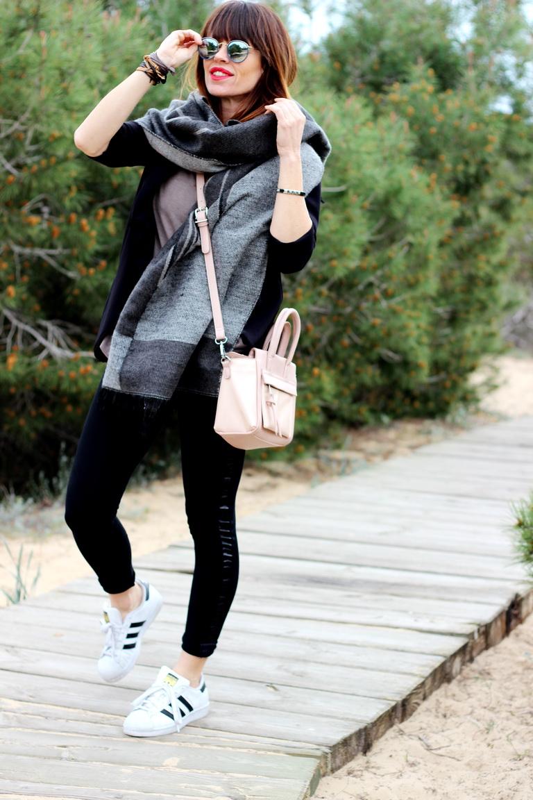 Streetstyle, sporty time, fashion blogger, Guardamar, Parque de Guardamar, Adidas, Kamome, Anquelo Joyero