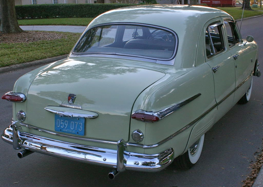 all american classic cars 1951 ford custom deluxe fordor. Black Bedroom Furniture Sets. Home Design Ideas