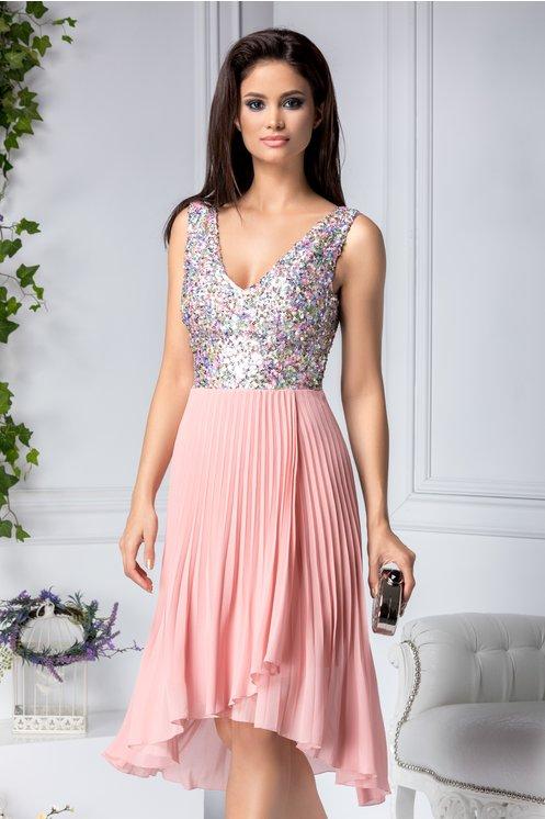 Rochie midi eleganta roz cu paiete si pliuri mici