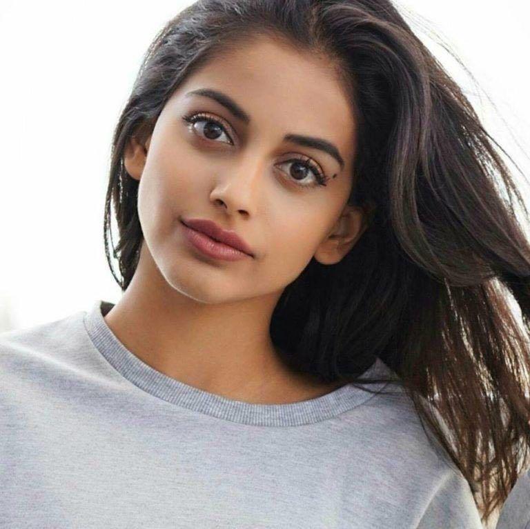 Bollywood Hindi Movies 2018 Actor Name: Banita Sandhu: Profile, Age, Boyfriend And Family