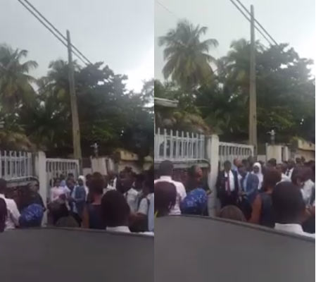 Scores of people storm GTBank for jobs, find out recruitment was fake