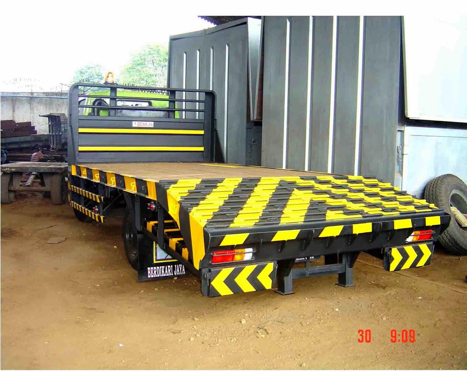 truk hino dutro selfloader surabaya