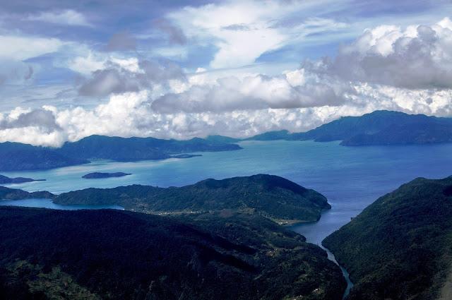 9 Danau Terbesar di Indonesia