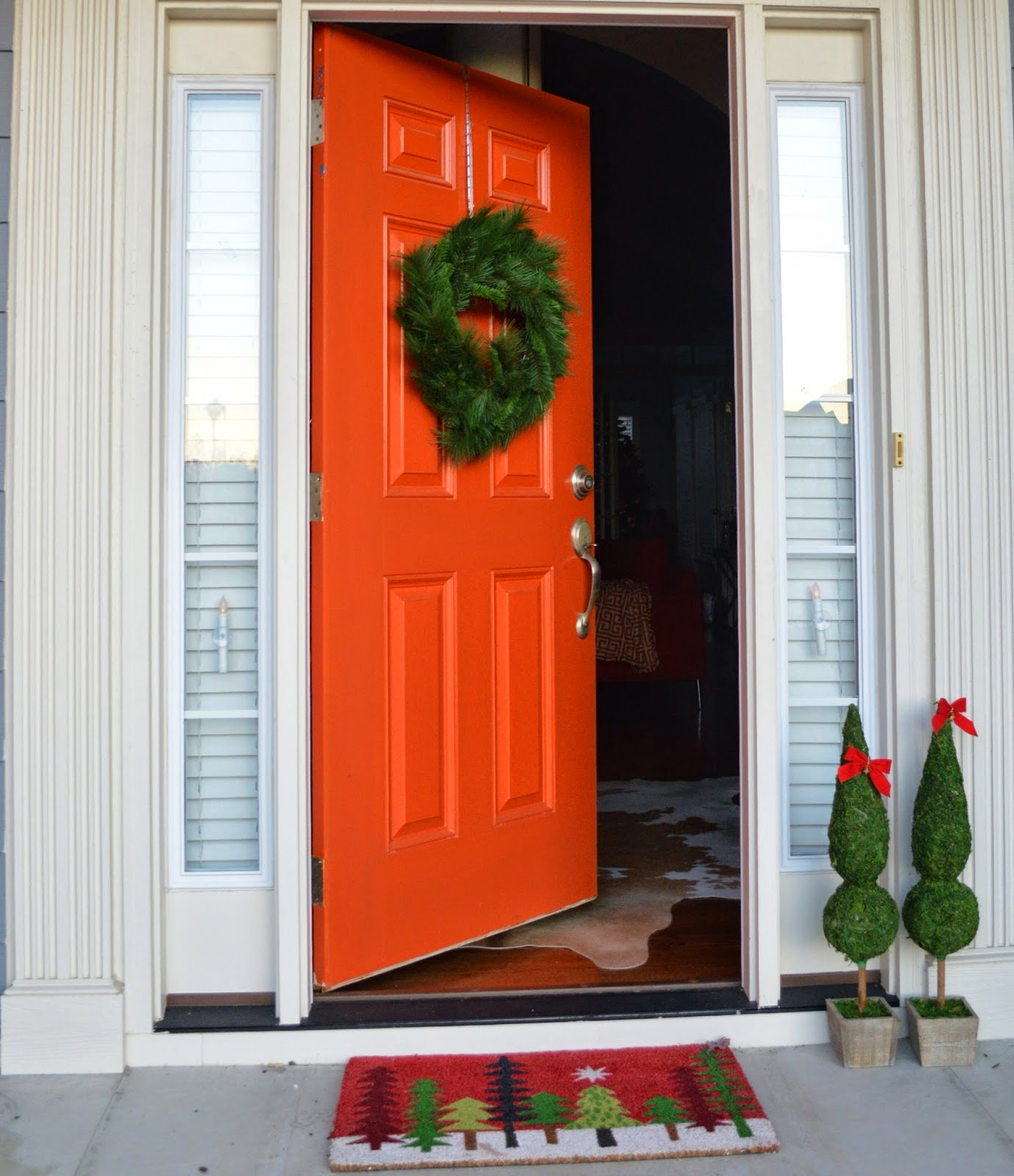 Simple Christmas Front Door Decor.