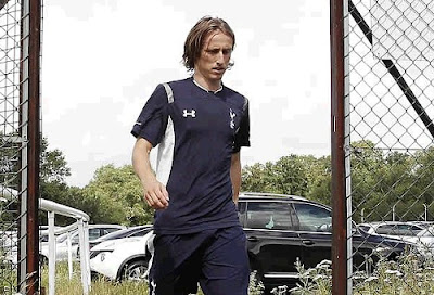 Modric at Tottenham facilities