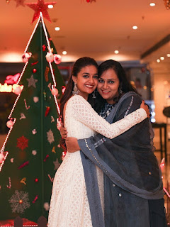 Keerthy Suresh in White Dress with Cute Smile with her Lovely Sister Revathy Suresh