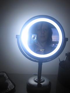 Boots No7 Iluminated Make Up Mirror