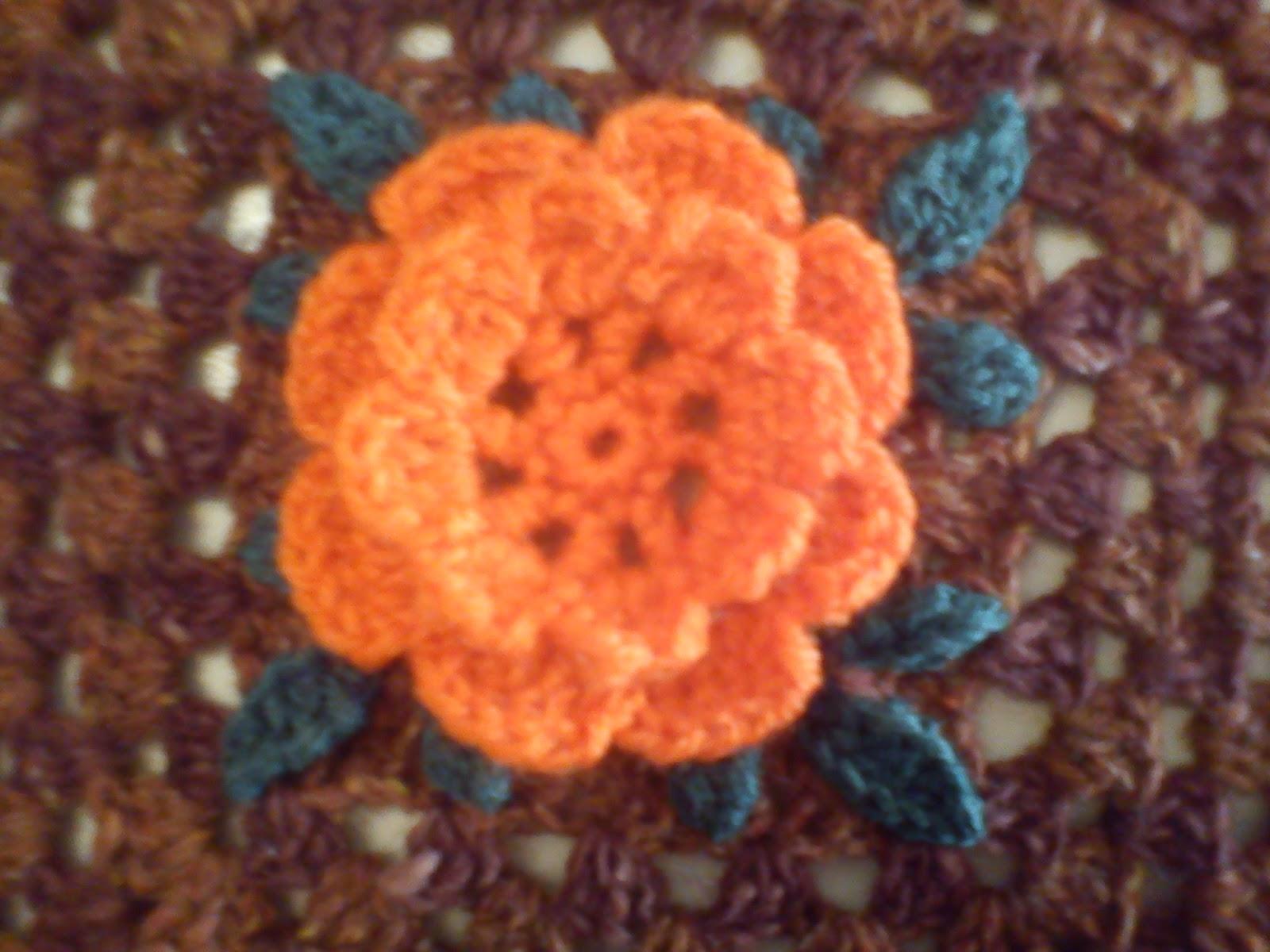 Piastrelle alluncinetto con fiori piastrelle uncinetto per