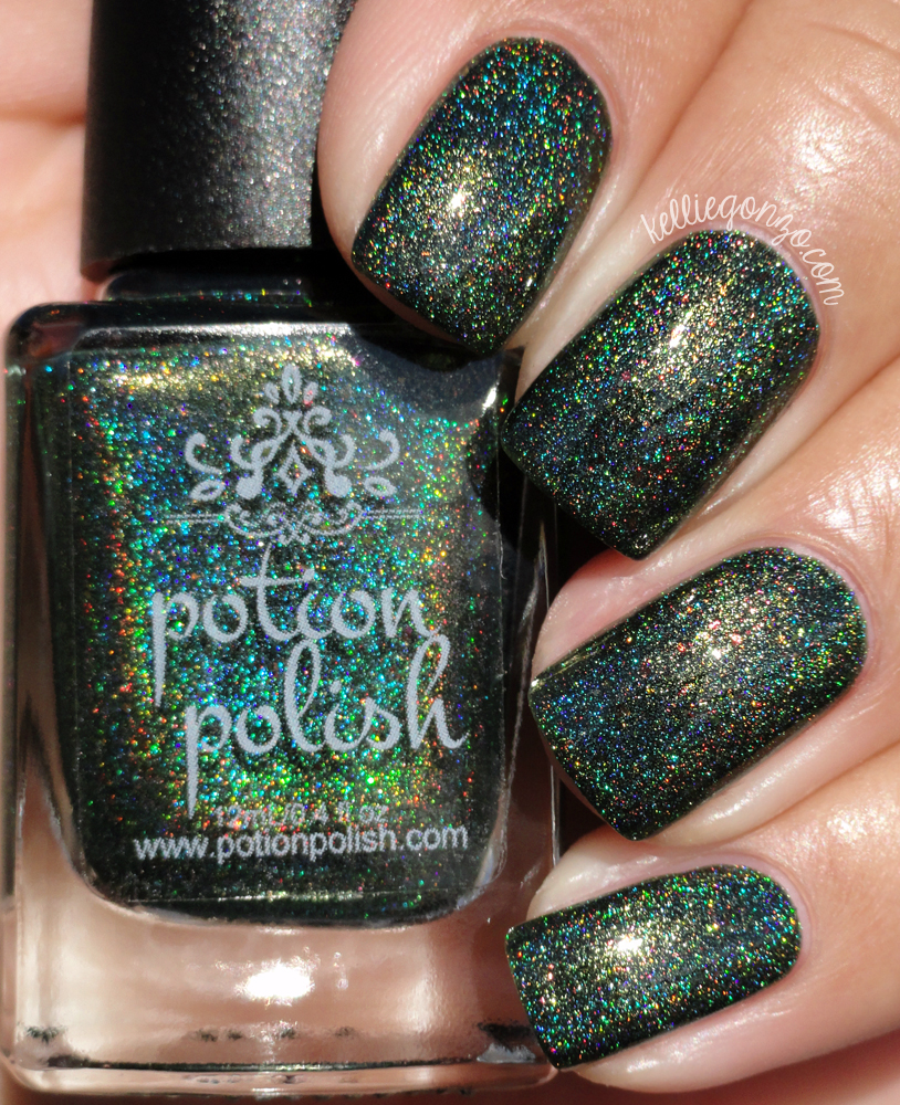 Potion Polish Holly Bough