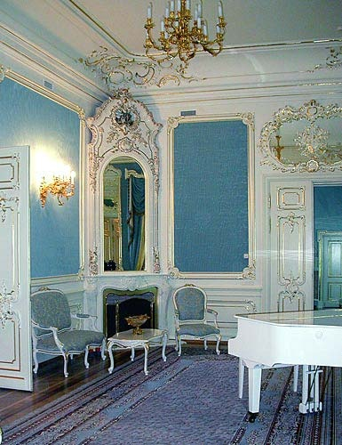 South S Decorating Blog Beautiful French Blue Rooms And Furniture