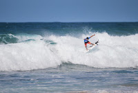 18 Italo Ferreira Billabong Pipe Masters foto WSL Tony Heff