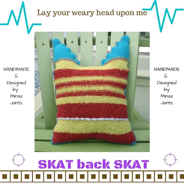 BACK Felted Pillow Skat by Minaz Jantz