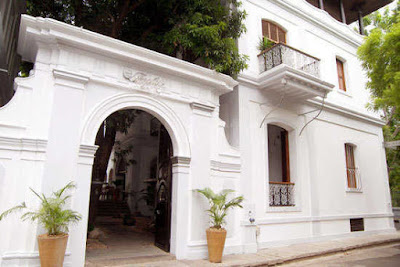 Le Dupleix Pondicherry is an ideal property to stay while exploring the beauty of this awesome tourist hub.