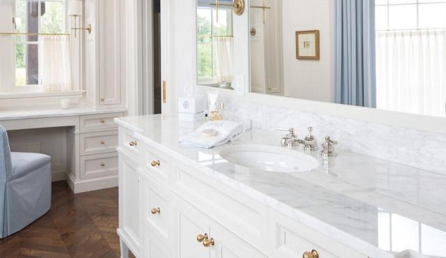 Premier Surfaces White Bathroom