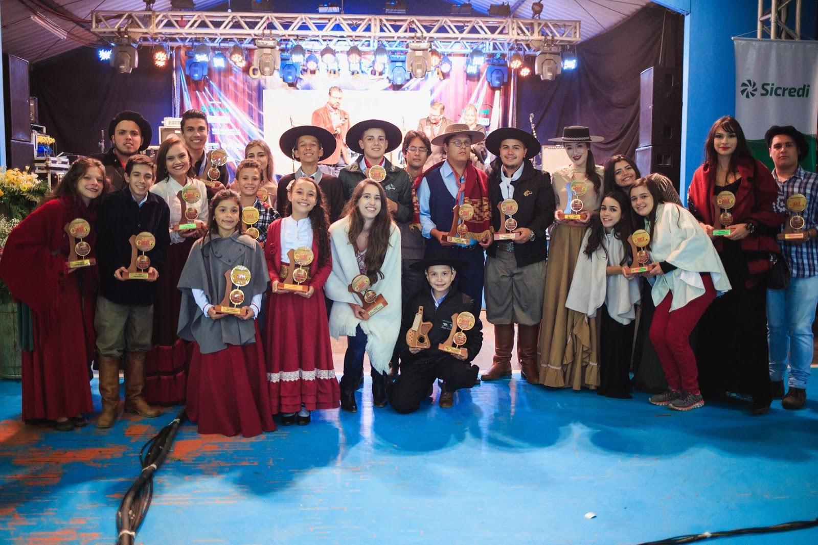 Foram conhecidos na madrugada desta segunda-feira os vencedores do 22º Canto Moleque da Canção