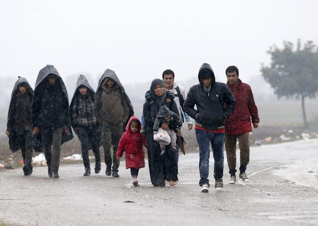 Migrants: Faire appel à l'émotionnel, est ce bien raisonnable? - Page 2 MIGRANT_s878x624