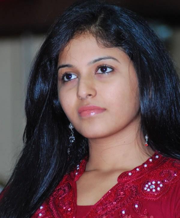 TAMIL ACTRESS GALLERY: Anjali