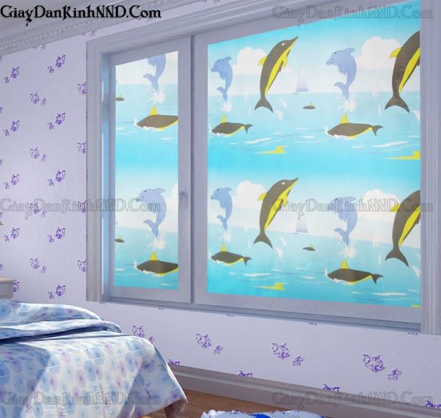 Mẫu giấy dán kính hình chú cá voi