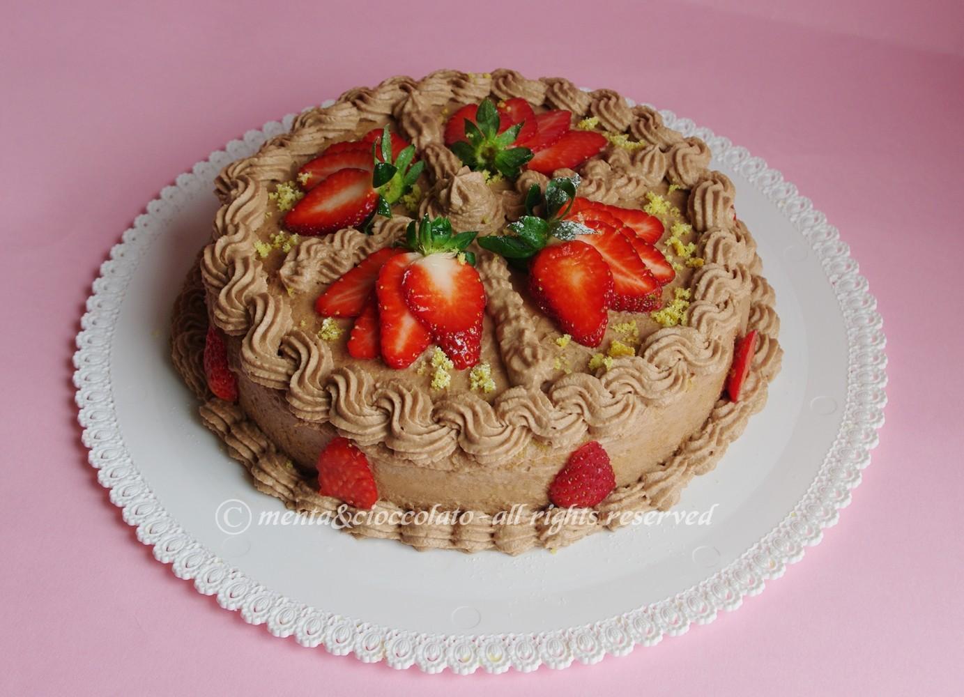 Idee Per Decorare Una Torta menta e cioccolato: torta di fragole e crema di nutella