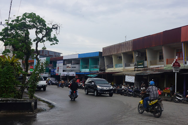 This Is The Bus Terminal For Sambas Town And Mini Buses Plying Aru Singka Pontianak