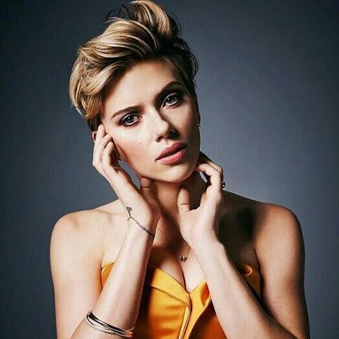 Super Hot Scarlet Johansson
