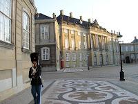 Palacio de Amalienborg, Copenhague, dinamarca, Amalienborg Palace, Copenhagen, Denmark, Palais d'Amalienborg, Copenhague, Danemark, Amalienborg Slot, København, Danmark, vuelta al mundo, round the world, La vuelta al mundo de Asun y Ricardo