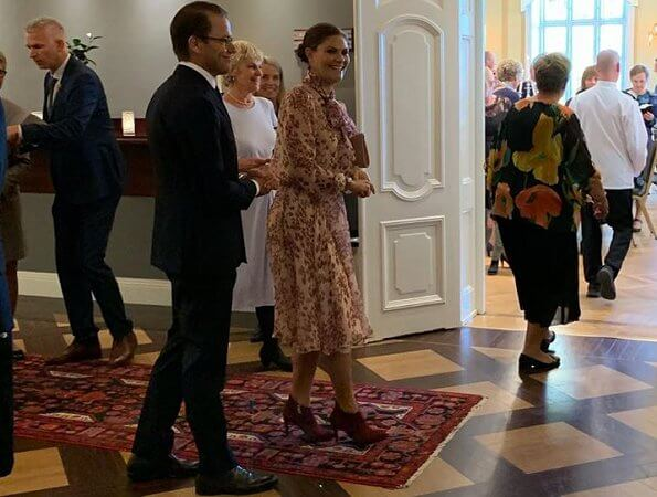 Crown Princess Victoria wore Ida Sjöstedt Peony blouse and Moody skirt, and Stinaa J. ankle suede boots
