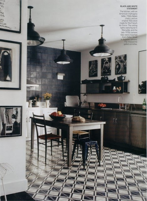 kitchens with black and white floors ephemere carreaux de ciment un jour carreaux de 9632