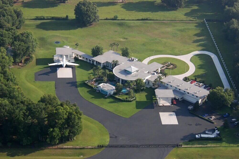 John Travolta'nın Evi