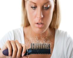 Tips Menumbuhkan Rambut Yang Terlanjur Rontok Dengan Bahan Alami Serta Penyebabnya