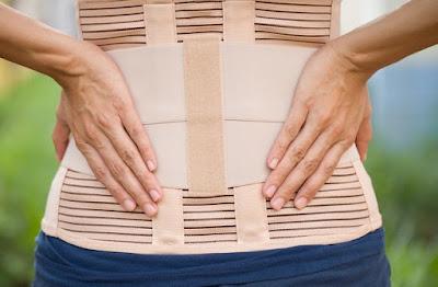5 tư thế Yoga đơn giản giúp giảm ngay cơn đau lưng dưới của bạn