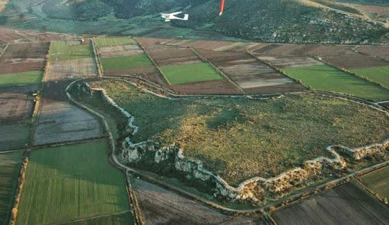 Αρχαιολογική έρευνα στη Μυκηναϊκή Ακρόπολη του Γλα