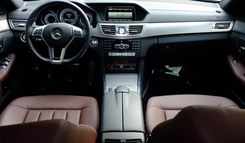 Nội thất xe Mercedes Benz E400 AMG cũ 2013 màu đen 01
