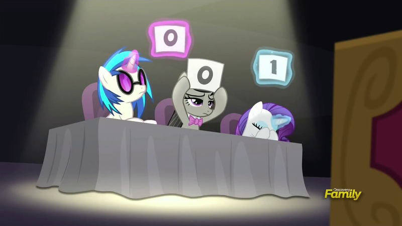 Vinyl, Octavia and Rarity at the talent contest