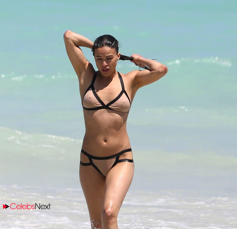 Angelina crow life on top the phuket list 4