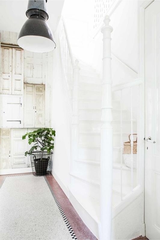 casa decorada con maderas recicladas y piezas de hierro chicanddeco