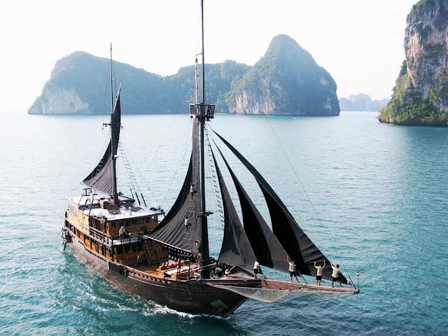 penginapan kapal raja ampat