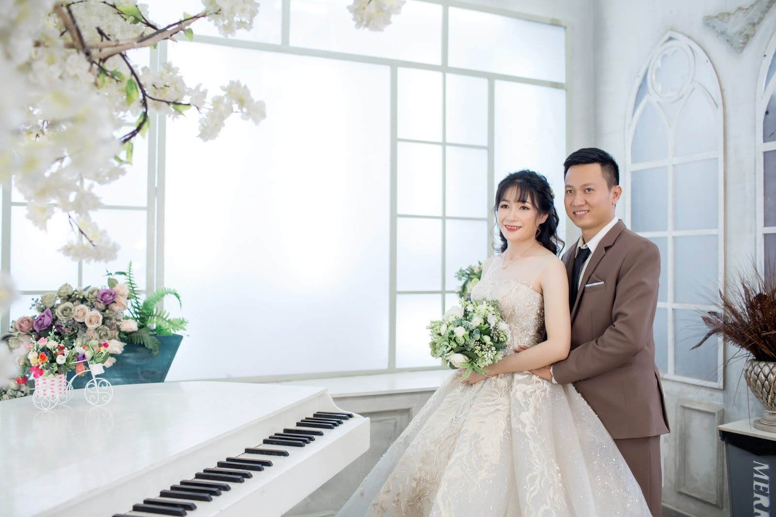 Chụp ảnh cưới Phim Trường - Phan Thiết