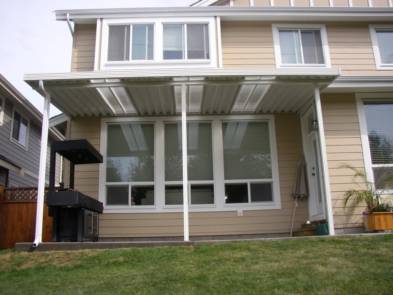 Awnings and Patio Covers: Awnings for Decks and Patios