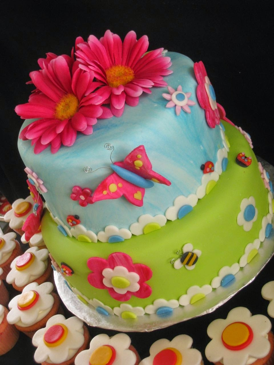 Top 77 Photos Of Cakes For Birthday Girls | Cakes Gallery